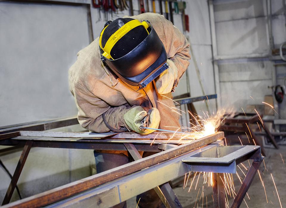 设备符合国家环保及安全生产要求